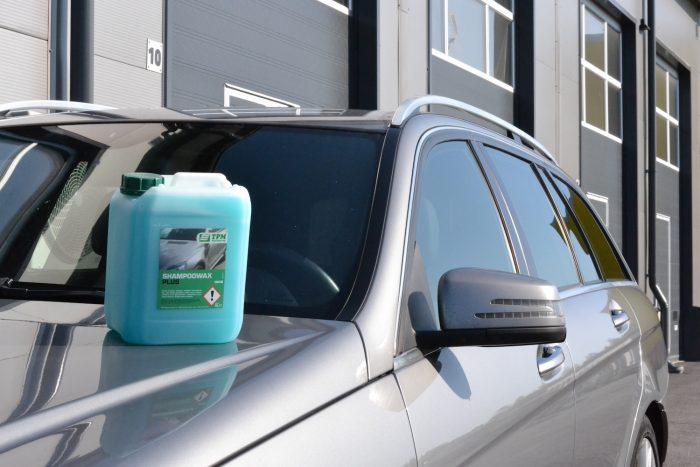 TPM ShampooWax Plus autonpesuaine