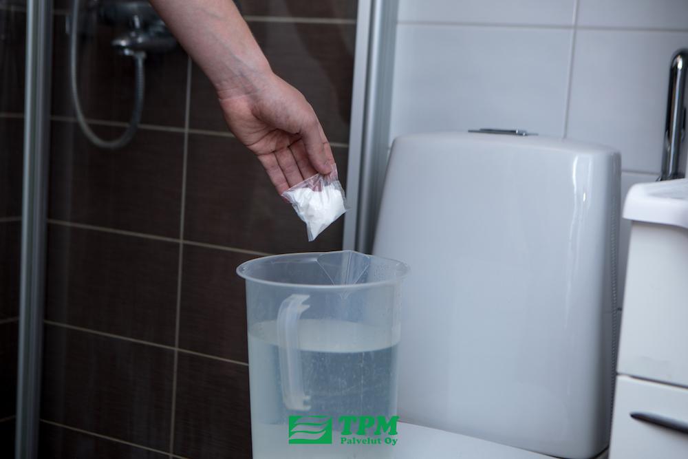 Lisää BioDrain pussi 4L vettä